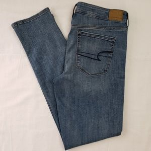 American Eagle Light Wash Straight Jeans Size 12